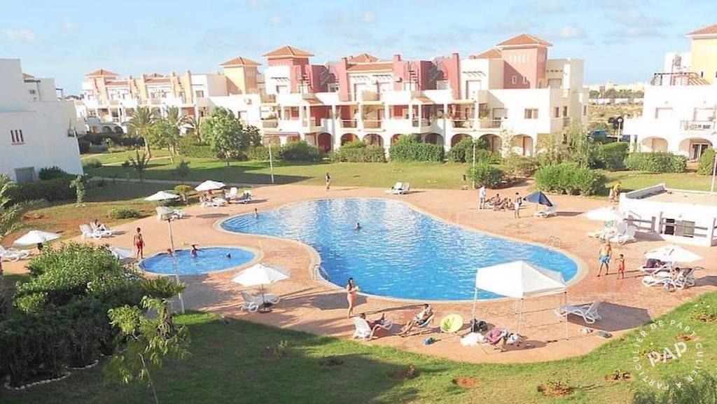 Appartement . 112.000€