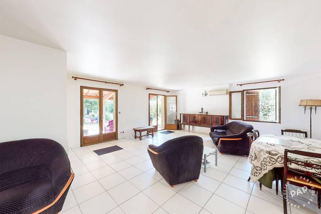 Maison Cheval-Blanc (84460) 585.000€