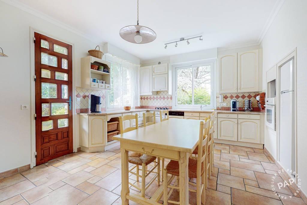 Maison 490.000€ 284m² 6 Chambres Niort (79000)
