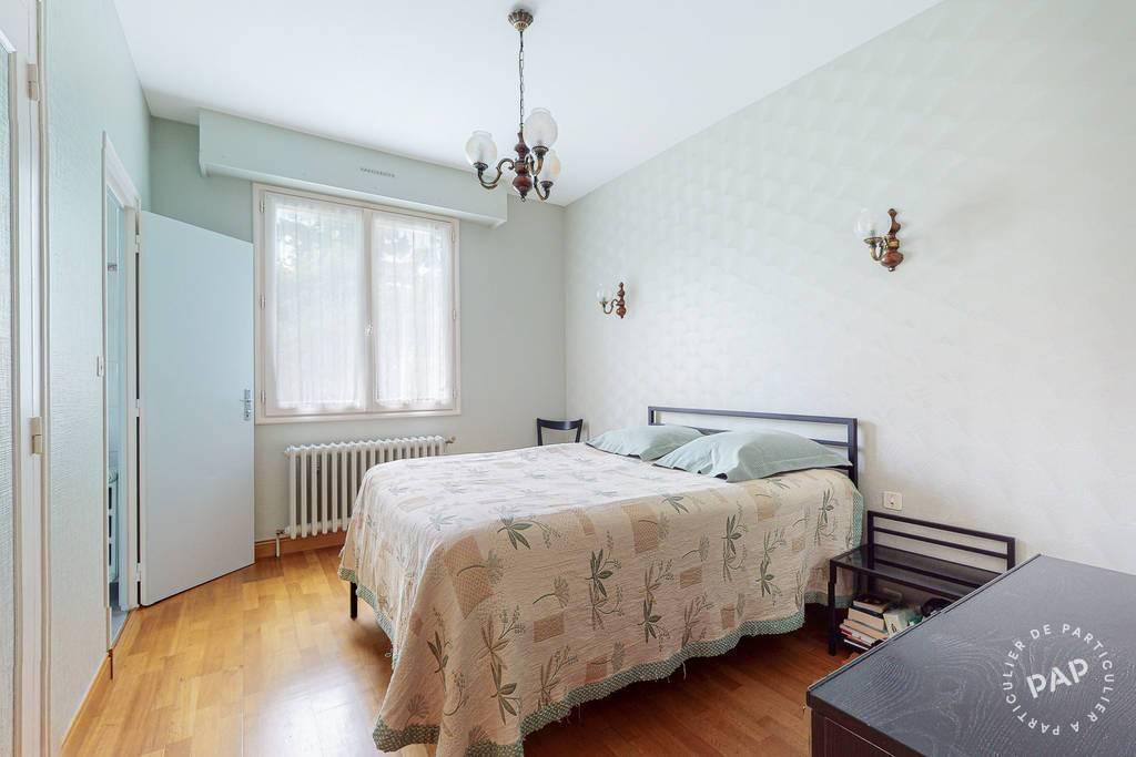 Vente 6 Chambres Niort (79000) 284m²