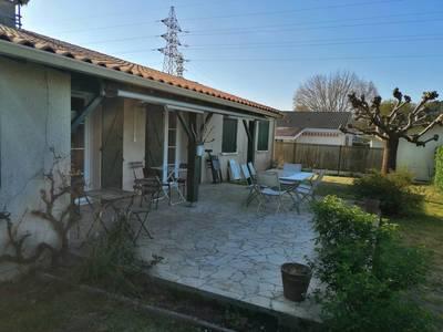 Vente maison 130m² Saint-Médard-En-Jalles (33160) - 445.000€