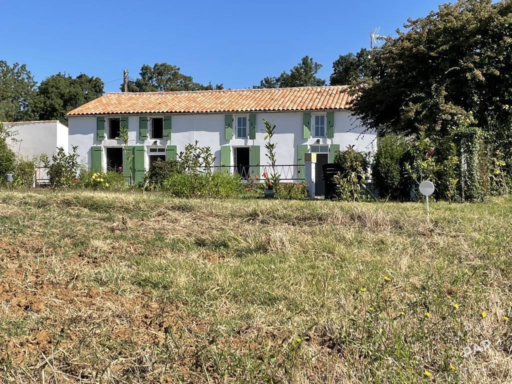 Vente Maison Surgères (17700) 174m² 280.000€