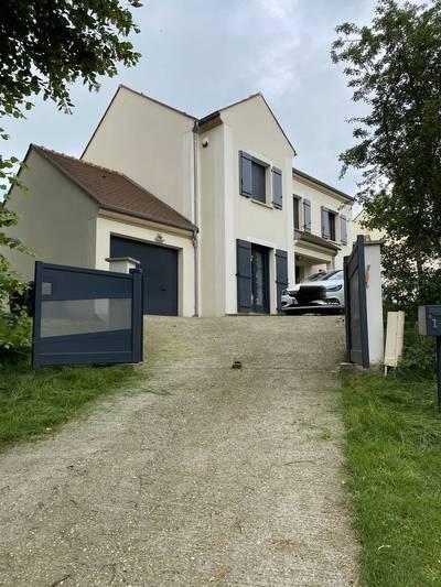Neuilly-En-Vexin (95640)