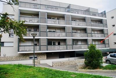 Décines-Charpieu (69150)