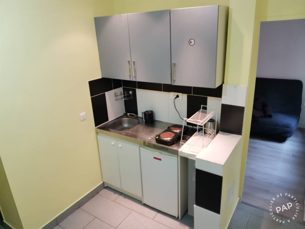 Location immobilier 900€ Paris 18E