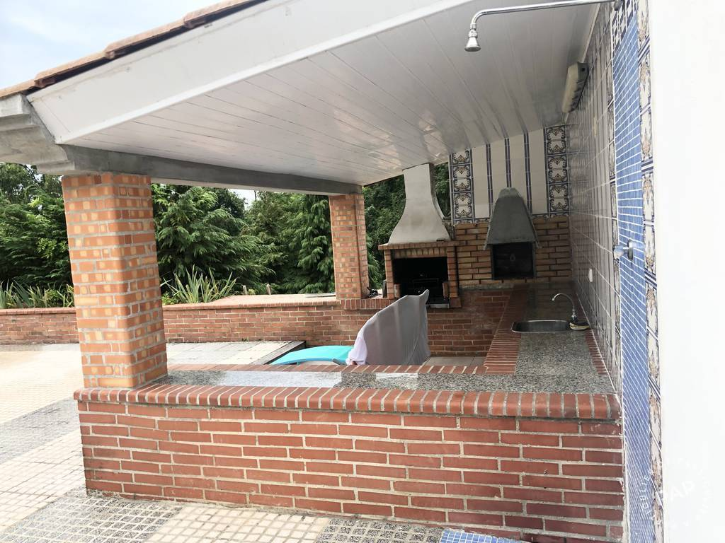 Maison - Piscine - A 18 Km De Dax 385.000€