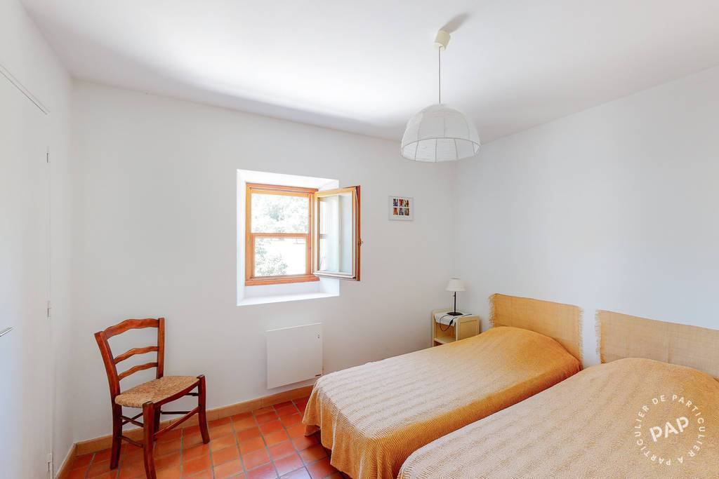Maison 700.000€ 174m² Oppède (84580)