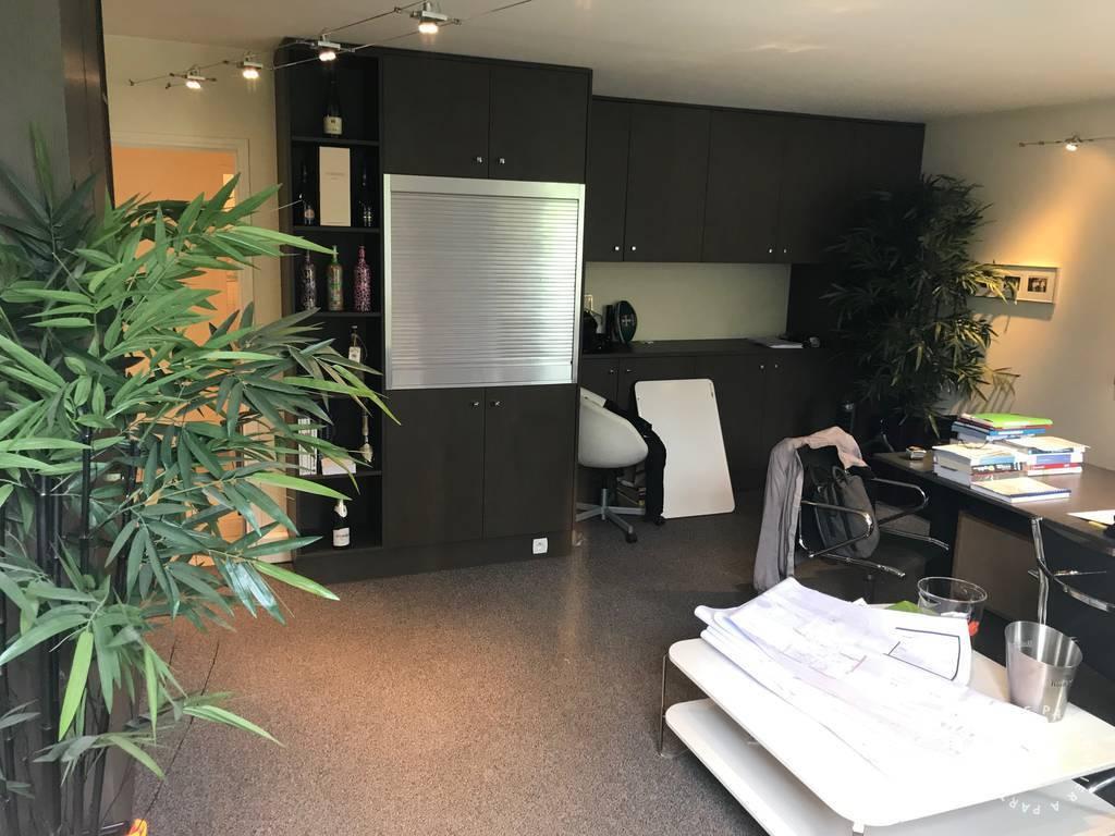 Bureaux et locaux professionnels 2.750€ 130m² Saint-Maur-Des-Fossés (94100)