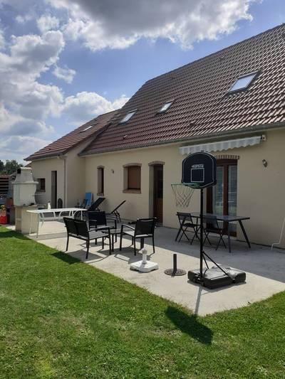 Proche Amiens / Villers-Lès-Roye