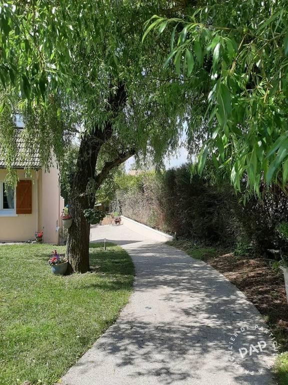 Maison Santeny (94440) 690.000€