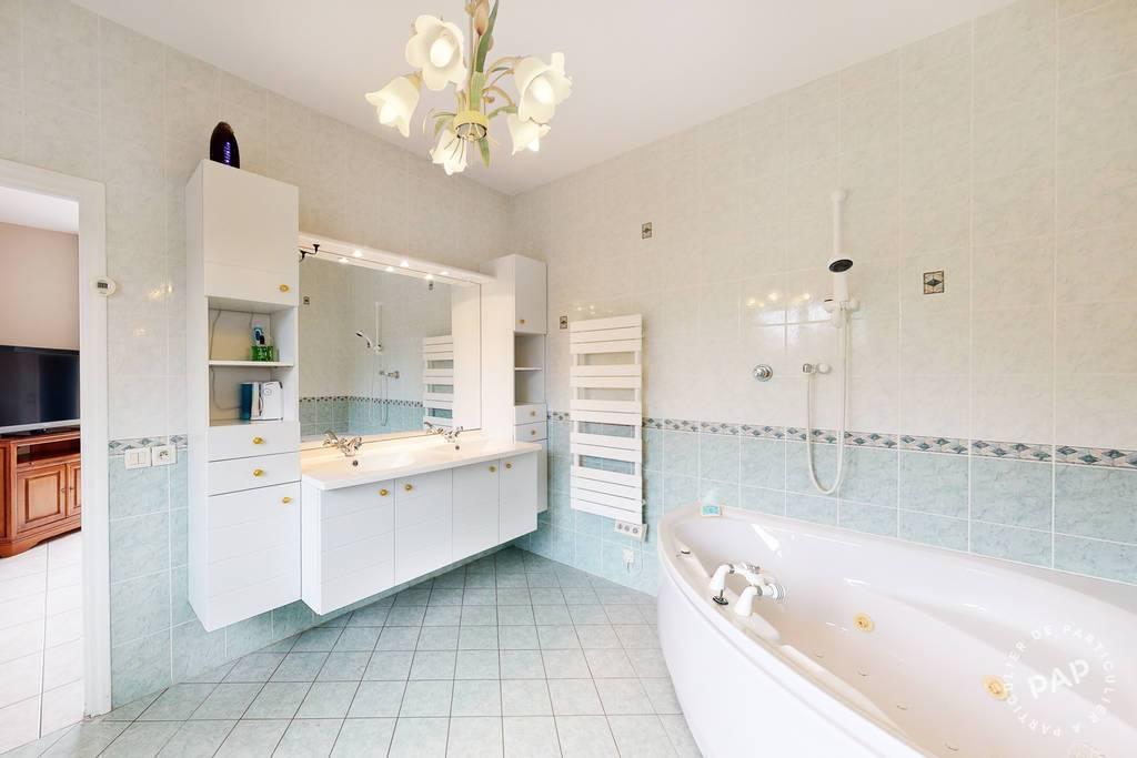Immobilier A Seulement 2Km De Pau 485.000€ 232m²