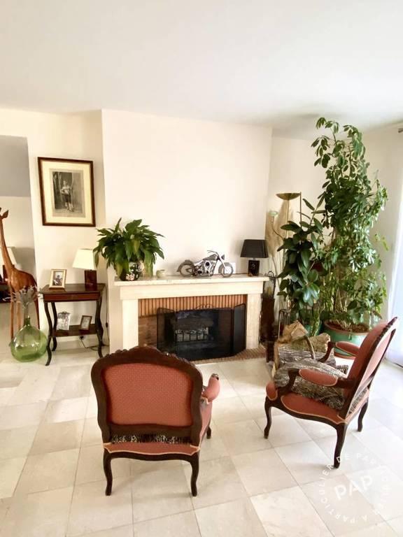 Immobilier La Queue-En-Brie (94510) 615.000€ 242m²