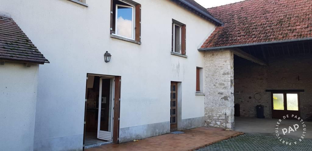 Vente Maison Yèvre-La-Ville 135m² 160.000€