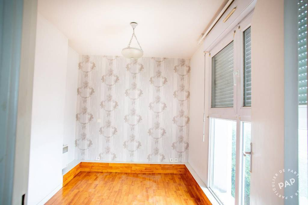 Location immobilier 900€ Livry-Gargan