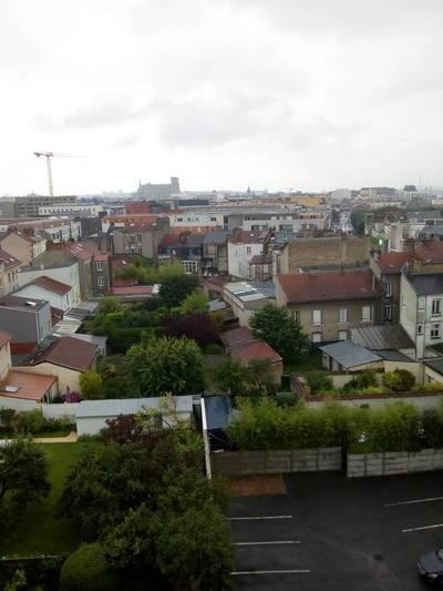 Reims (51100) 800 Mètres De La Gare