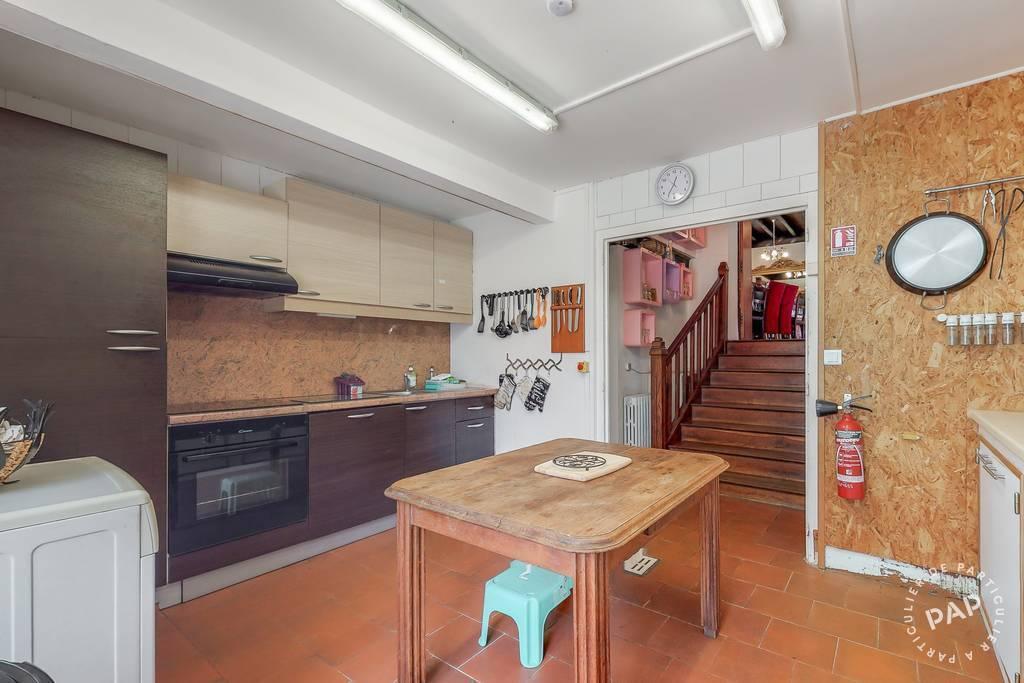 Local d'activité Très Belle Proprièté - Saint-Paul-La-Roche 320.000€