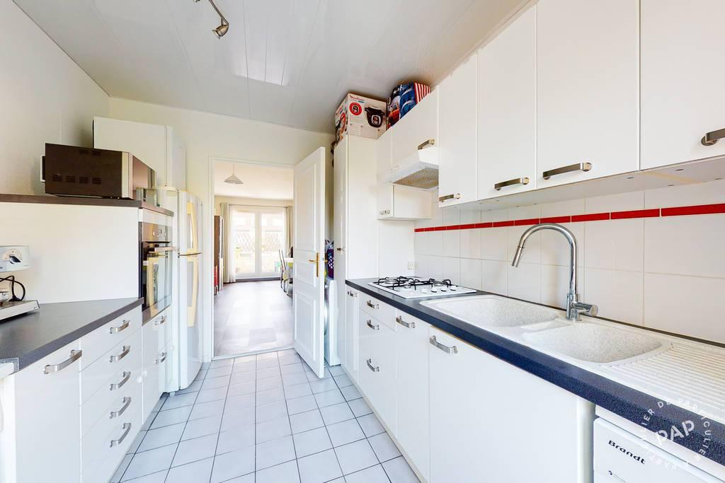 Appartement 340.000€ 80m² Montigny-Le-Bretonneux (78180)