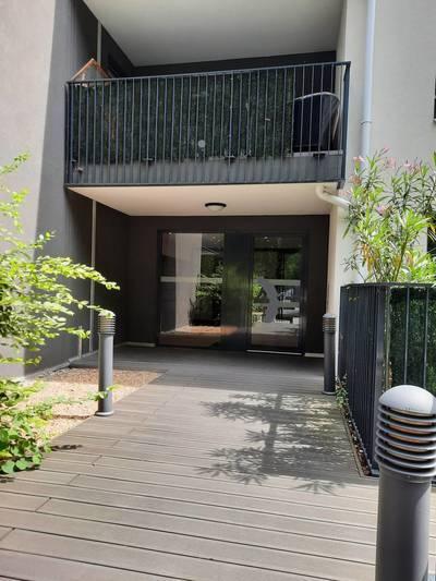+ Garage / Collonges-Au-Mont-D'or (69660)