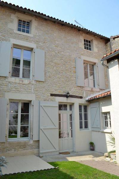 Verteuil-Sur-Charente (16510)