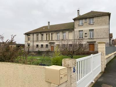 Varennes-Sur-Seine (77130)