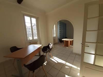 Bureaux, local professionnel Nice - 74m² - 1.340€