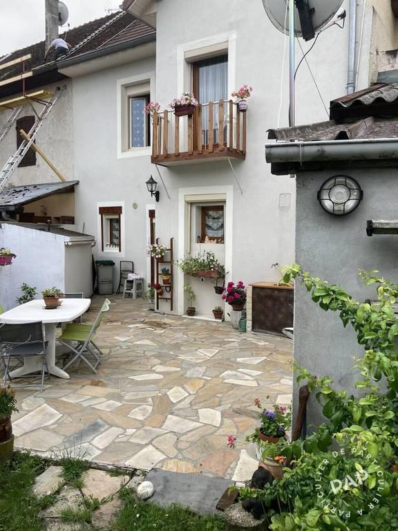 Vente maison 5 pièces Saint-Genix-sur-Guiers (73240)