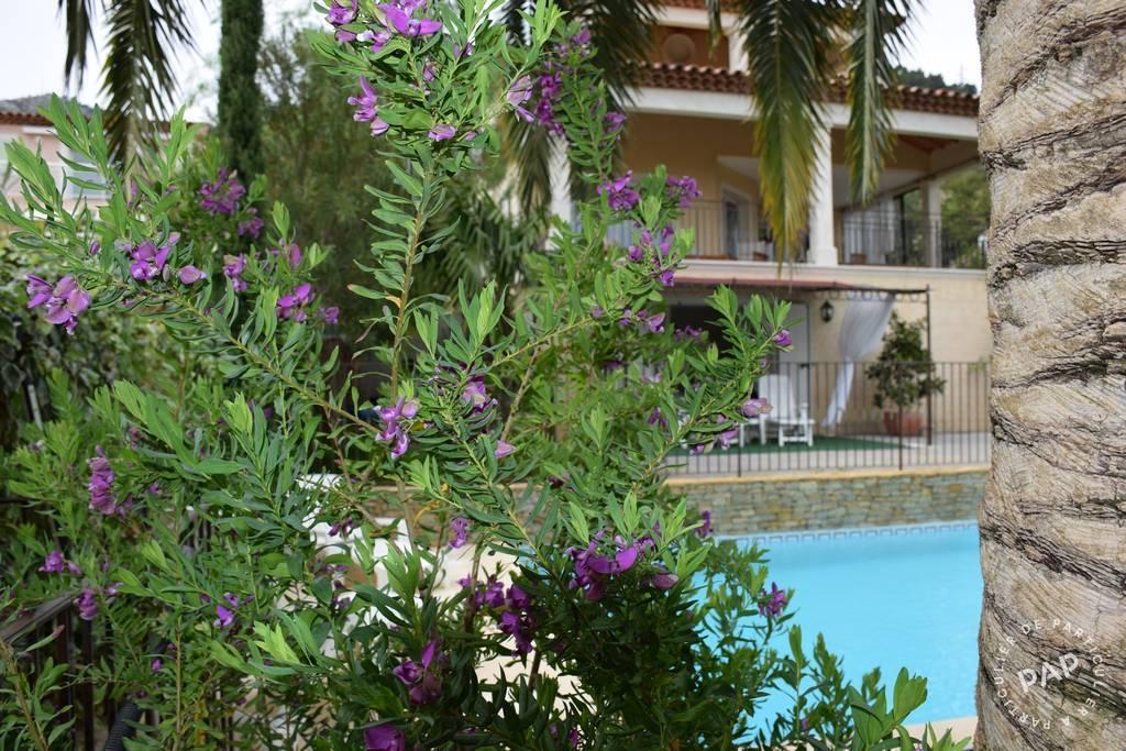 Toulon - dès 630 euros par semaine - 2 personnes